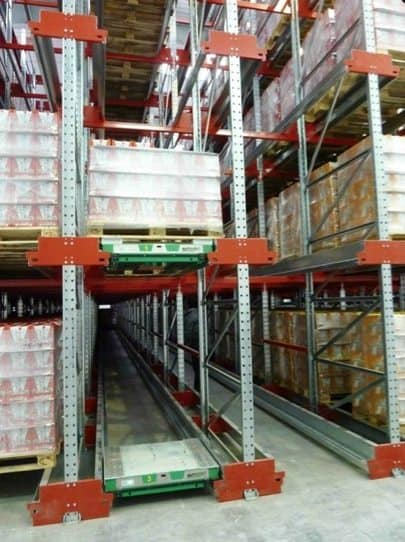 Deep lane storage in dense pallet racks
